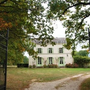 231 TBI MAISON EN TOURAINE PROPRIETE XIX° RESTAUREE