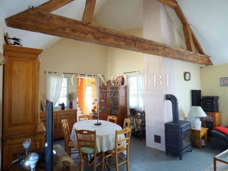 188 TBI MAISON ANCIENNE DE VILLAGE EN TOURAINE