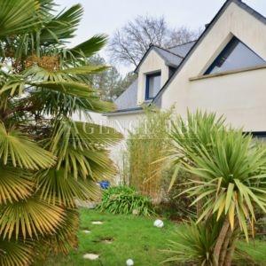 825 TBI Vannes Maison avec jardin 4 chambres une chambre en ré de chaussée