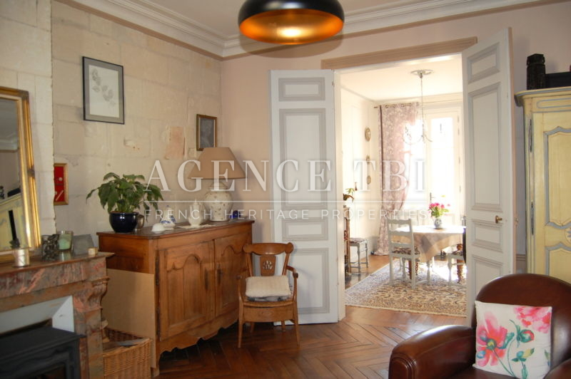 293 TBI MAISON BOURGEOISE A LOCHES